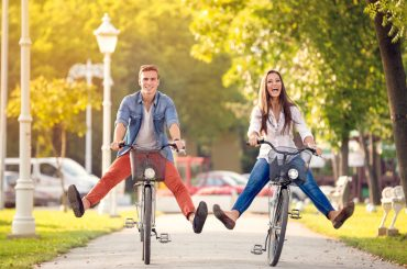 Zwei Fahrrad Fahrer
